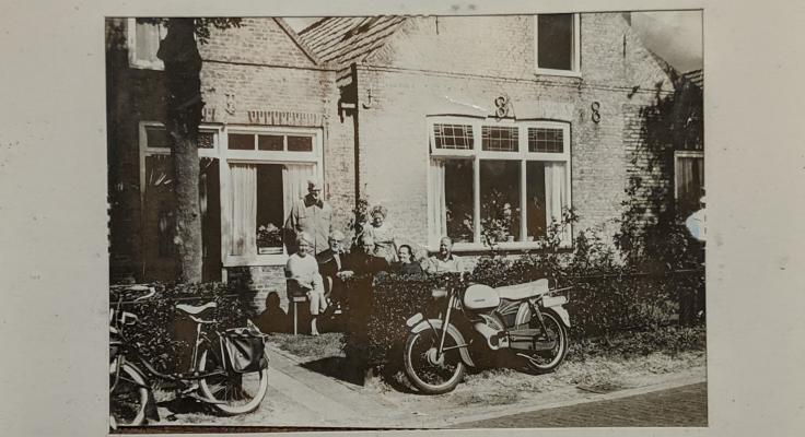 Pand van het Bakkersbedrijf familie Goudberg te Baaiduinen